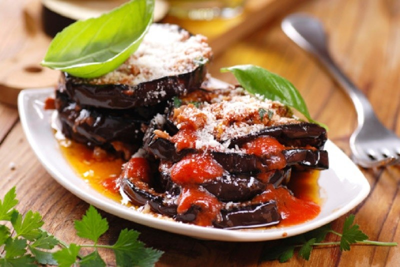 Simple Eggplant Parmesan