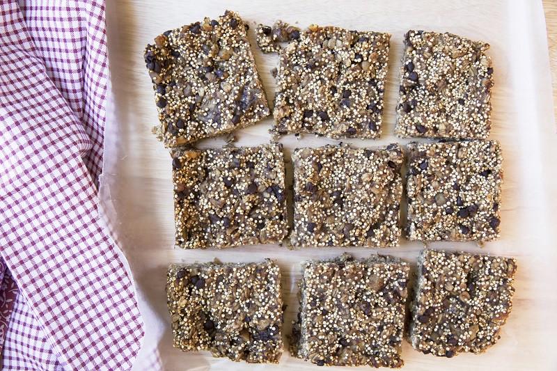 quinoa-chocolate-bars