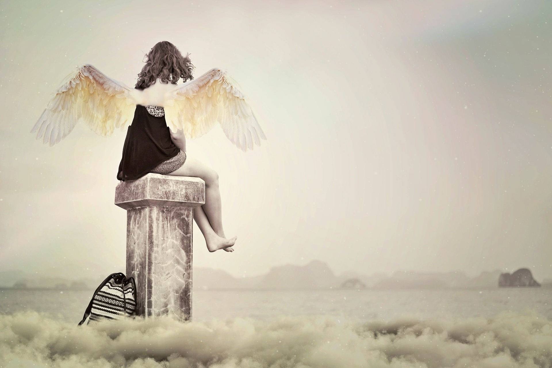 angel-2591973_1920.jpg