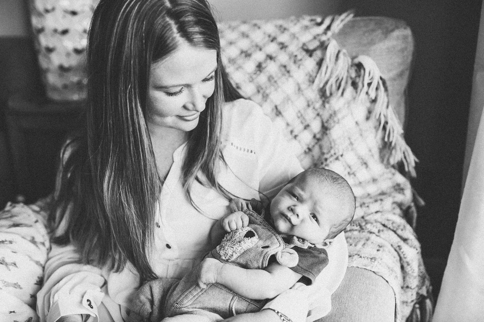 Lugano maternity newborn photographer (1