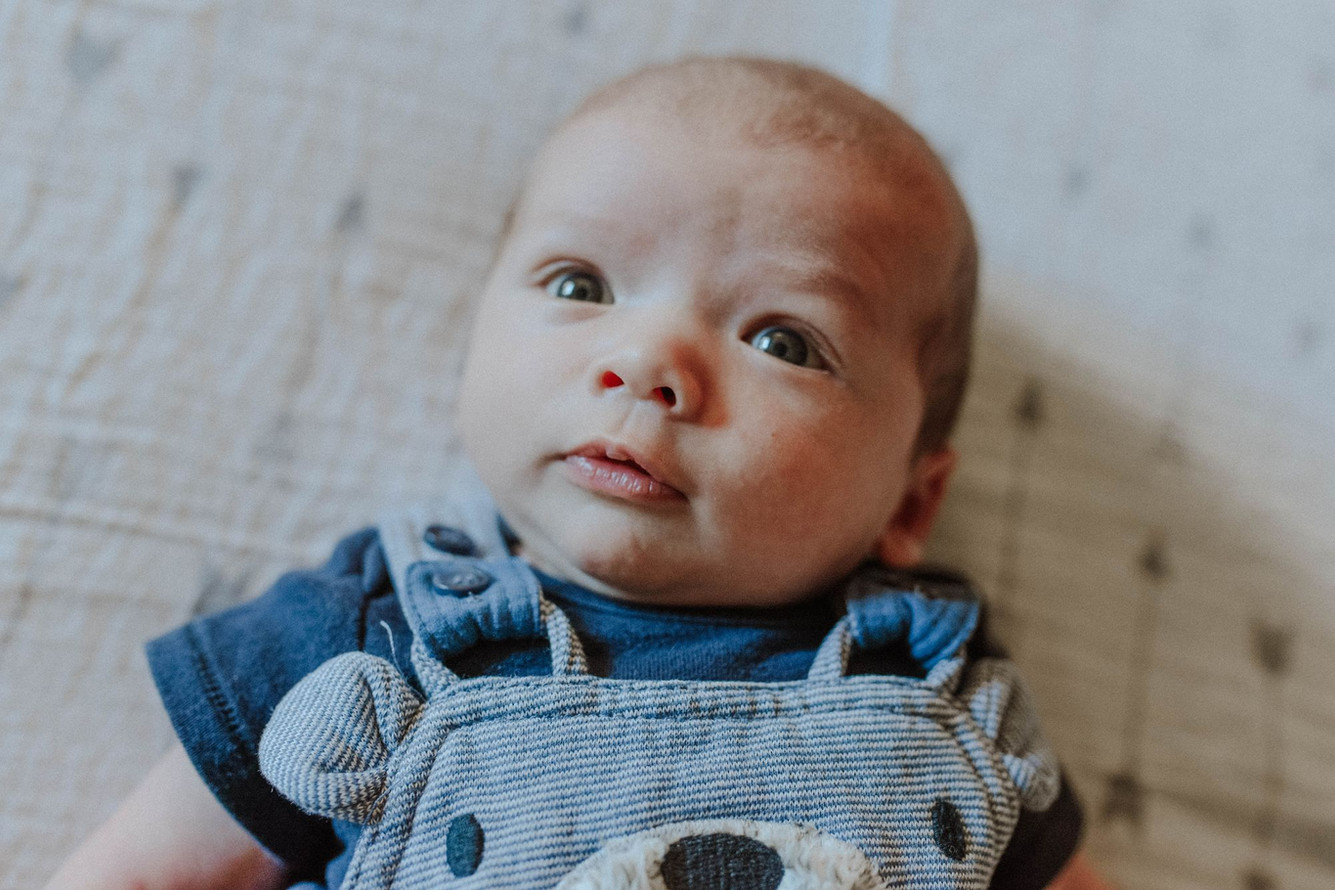 Lugano maternity newborn photographer (2