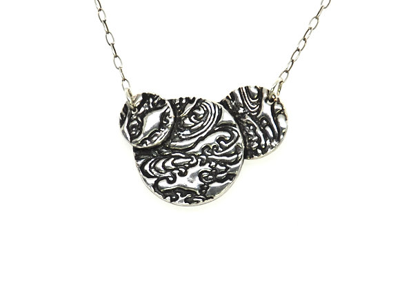 Silver Swirling Water 3 Circles Necklace