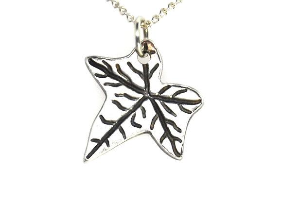 Silver Ivy Leaf Pendant