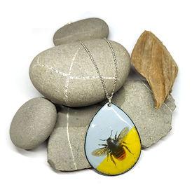 Yellow-grey-enamel-large-bee-pendant-tea