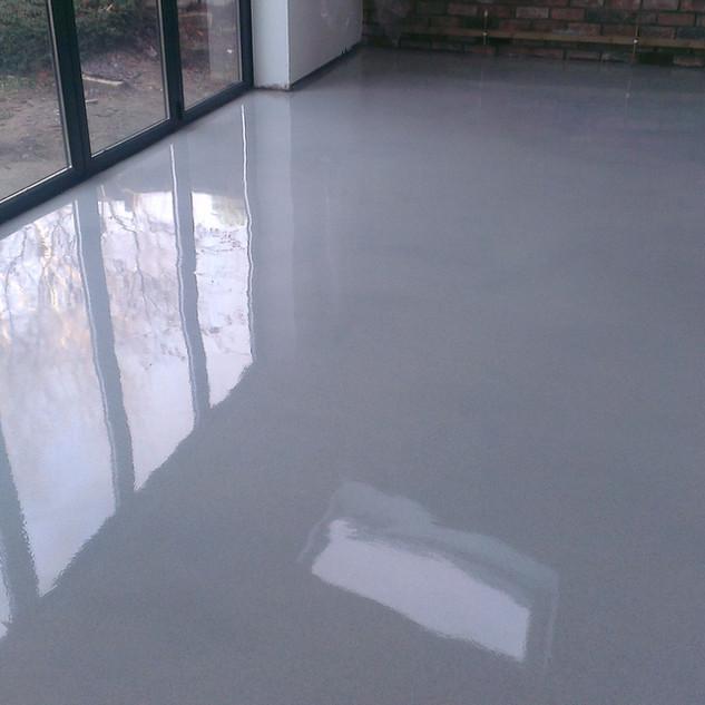 Flake-less Grey Epoxy Flooring
