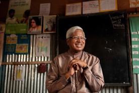 孟加拉抗貧組織助女生從一貧如洗變雜貨王