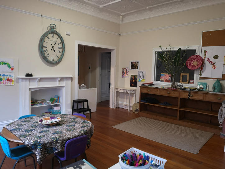 Large creative & library space