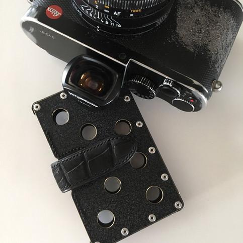 Emijah for Leica crocodile