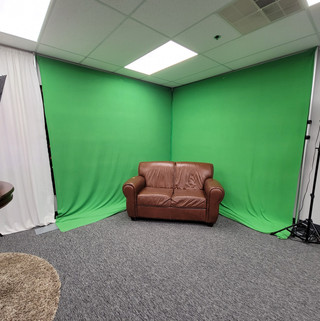 GREEN SCREEN COUCH