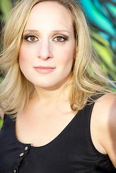 Shanna Lesniak headshot