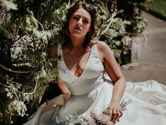 Monet Inspired Bridal Shoot | Trenance gardens Newquay