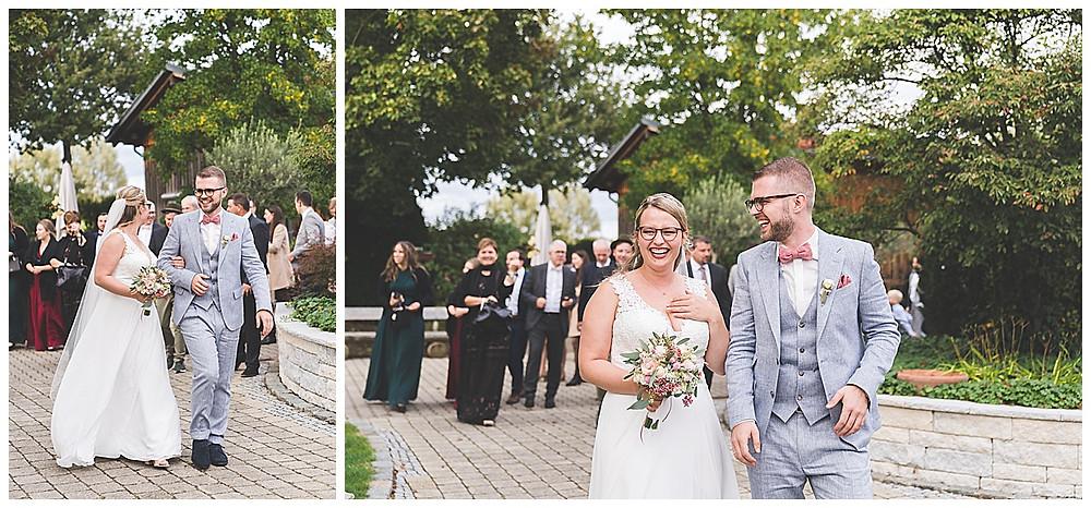 Ankunft Brautpaar und Gäste im plan Garten Stuttgart Hochzeitsfotograf