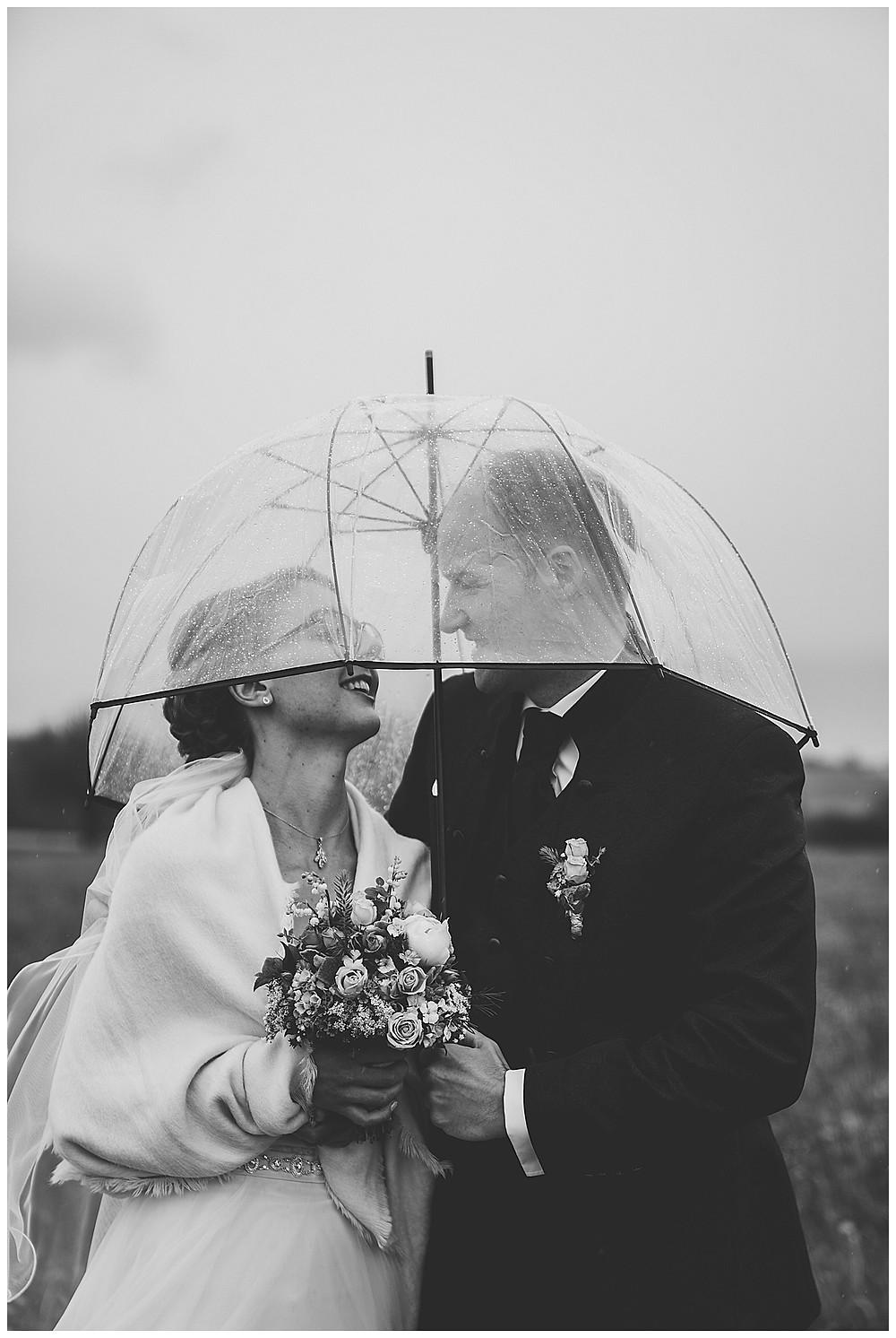 heiraten im regen Sinneszauber Photographie