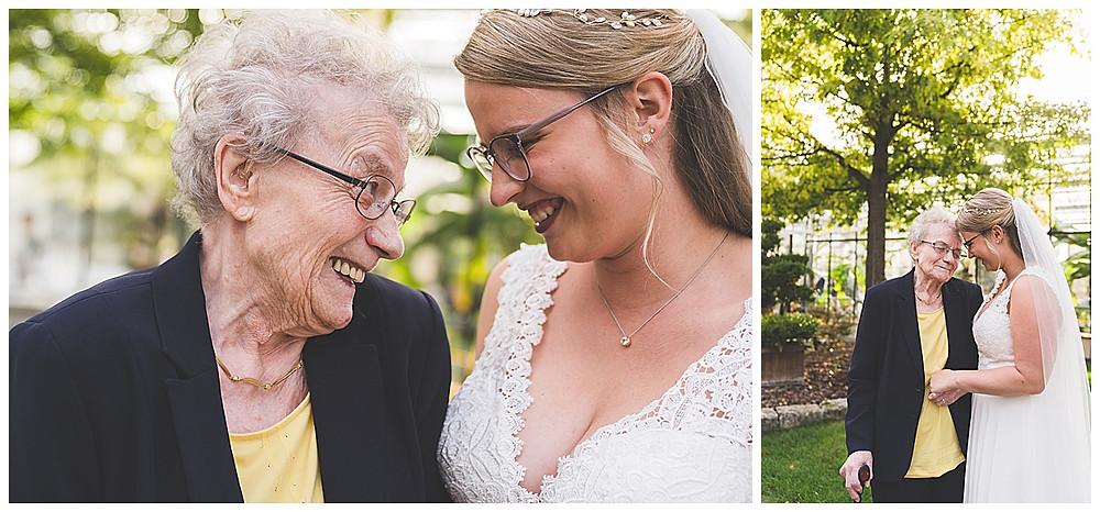 Braut und Oma beim Fotoshooting an der Hochzeit in Stuttgart