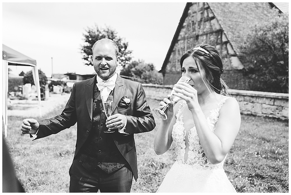 Kirche Scharenstetten Hochzeit Gratulation Sekt