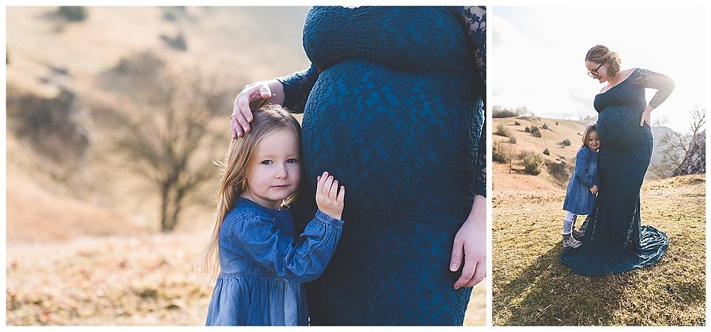 schwangere Mama mit Tochter