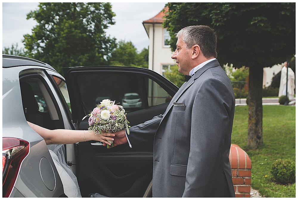 Brautvater und Brautstrauß Neu-Ulm