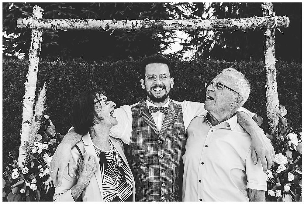 Familienbild Oma Opa
