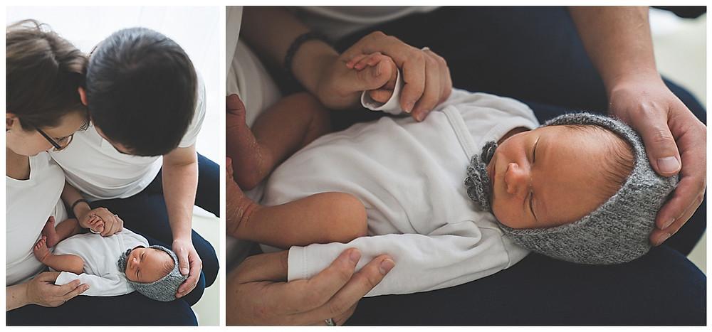 Mama, Papa und Sohn beim Babyfotografen