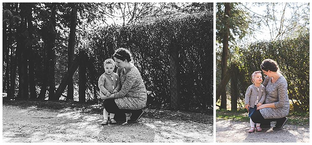 Mama und Kind beim Babybauchshooting