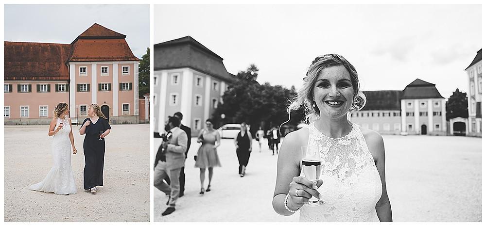 Heiraten im Kloster Wiblingen Braut strahlt