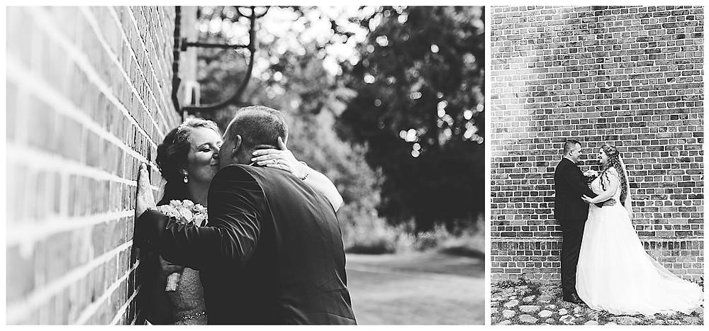 Brautpaar küsst sich in Ammersbek beim fotografieren