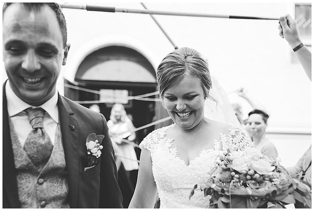 Spalier Hochzeit Brautpaar