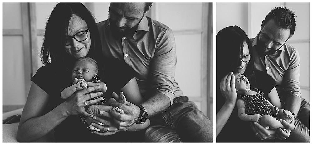 Eltern und Neugeborenes beim Fotografen