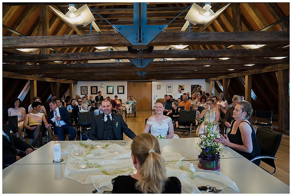 Hochzeitsfotograf Ulm heiraten im Standesamt Langenau