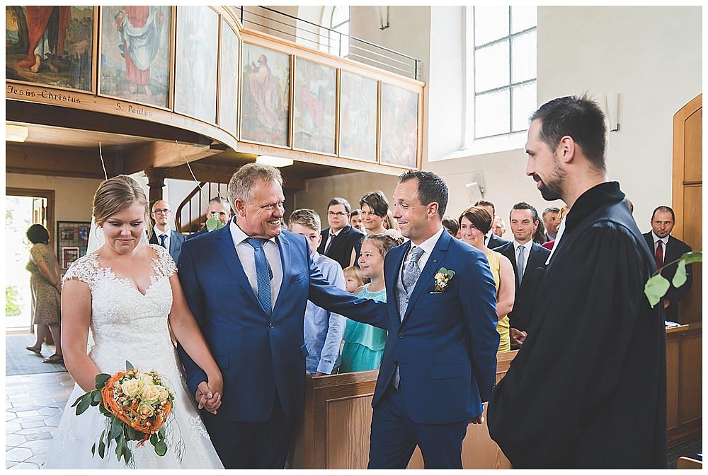 kirchliche Hochzeit Einzug Braut Hürben
