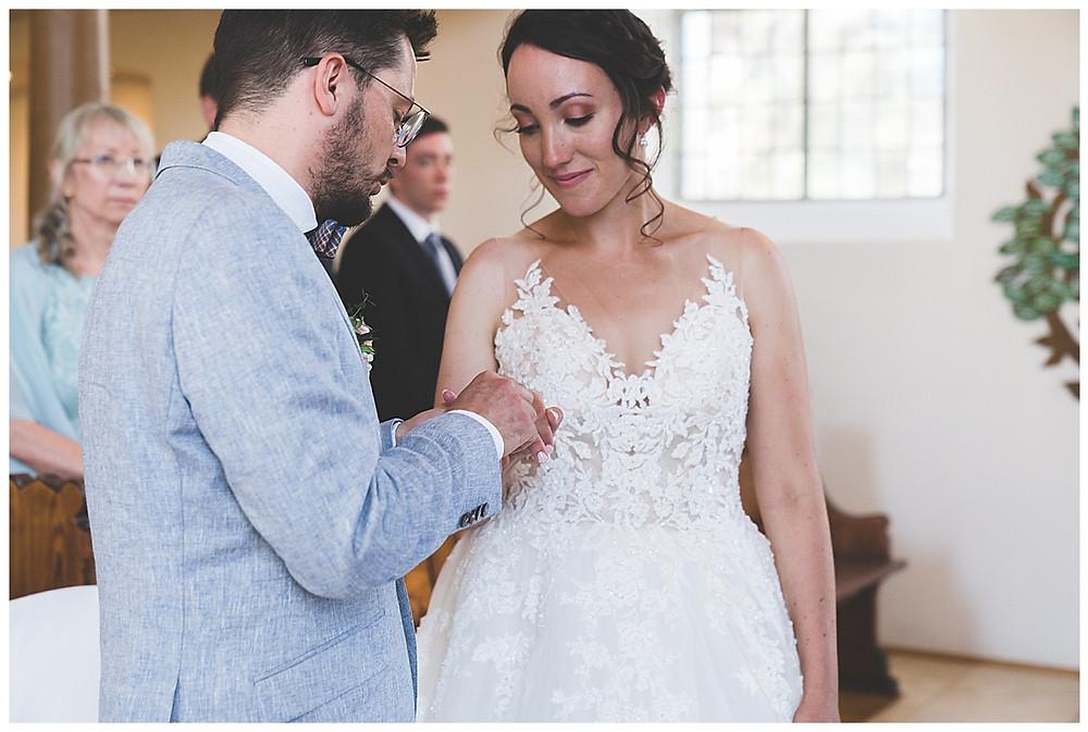 Ringwechseln bei Hochzeit in Heidenheim