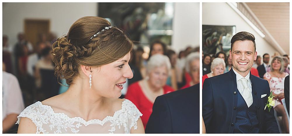 Standesamt Peiting Hochzeitsfotograf Allgäu  Braut weint