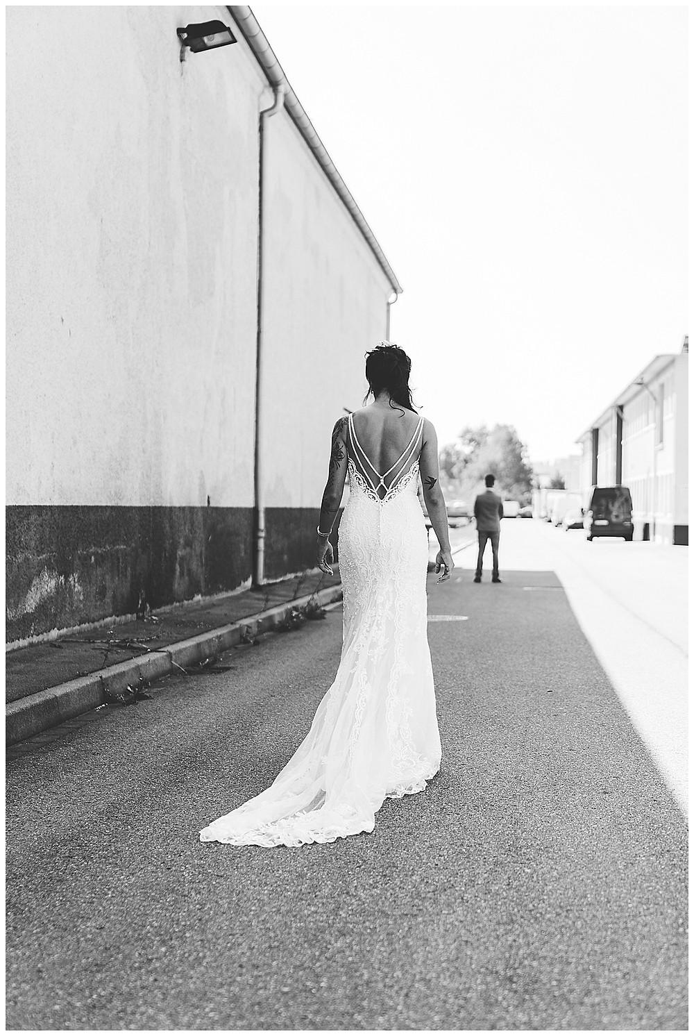 Hochzeitsfotograf Heidenheim  Braut kommt