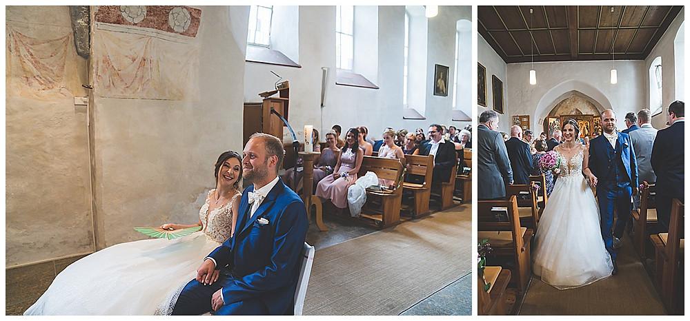 Kirche Scharenstetten Hochzeit  Brautpaar  Auszug