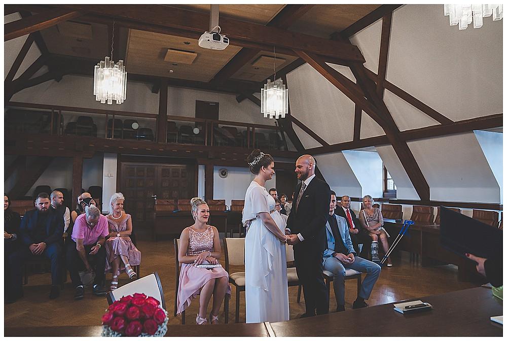 Ja Wort im Standesamt Giengen Hochzeitsfotograf Heidenheim