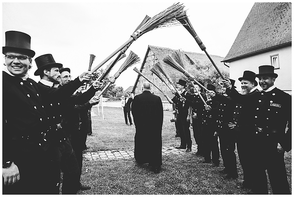 Kirche Scharenstetten Hochzeit  Schornsteinfeger