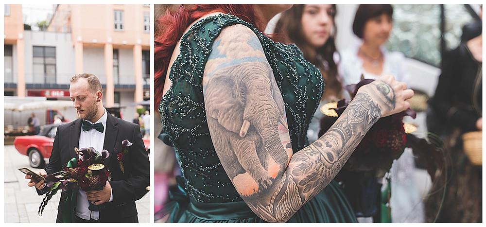 Braut und Bräutigam vor Rathaus