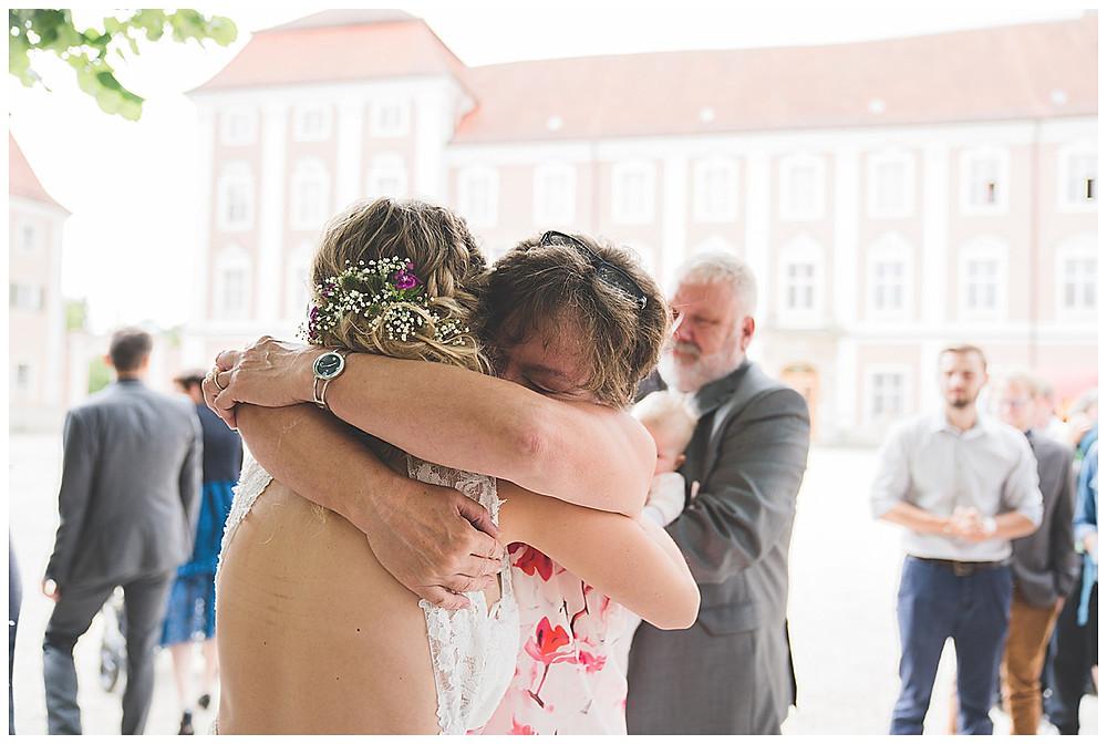 Heiraten im Kloster Wiblingen Gratulation von Brautmama