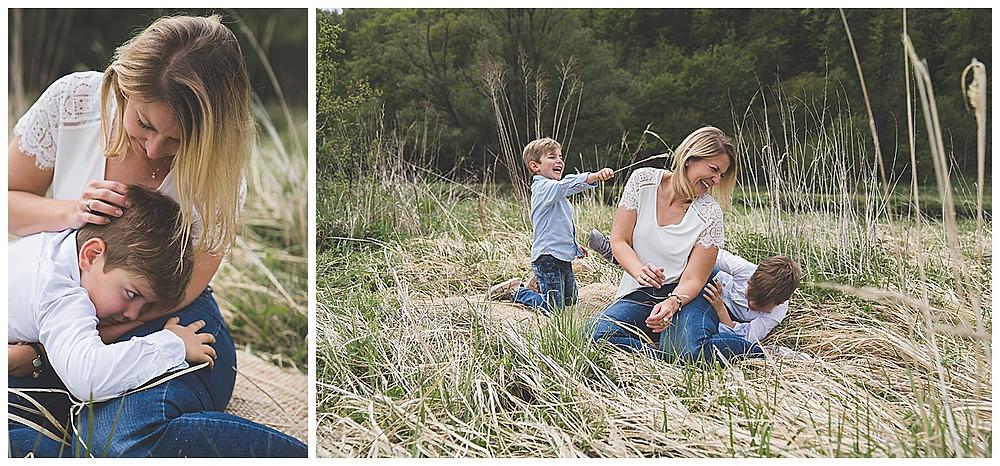 Mama und ihre Söhne beim Fotoshooting im Eselsburger Tal