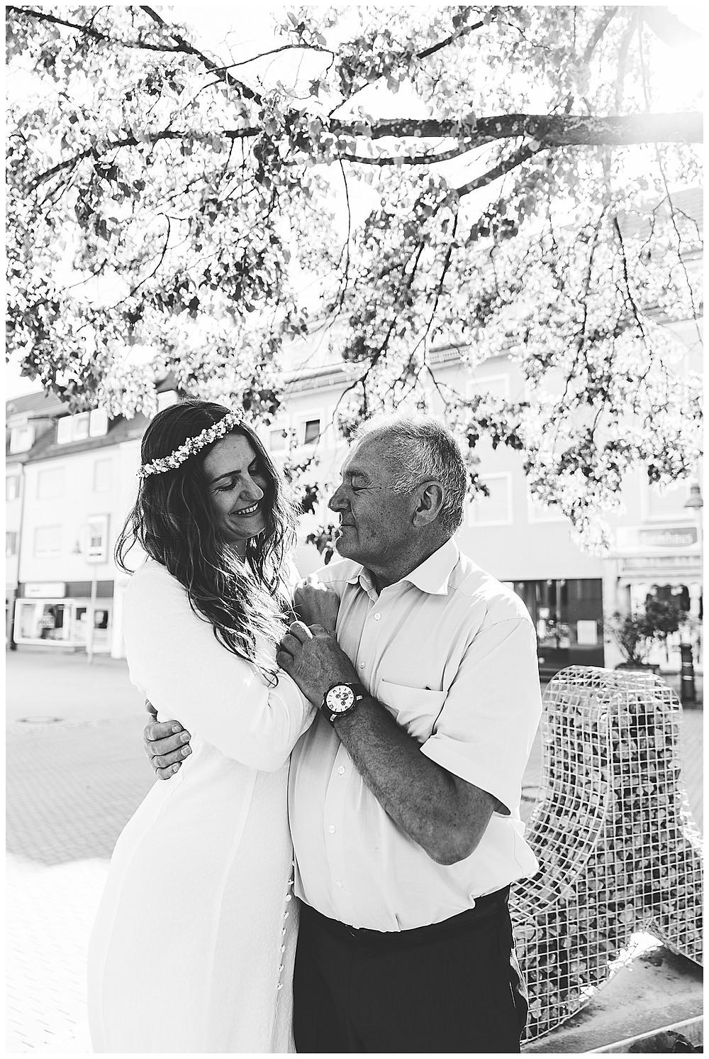 Braut und ihr Papa