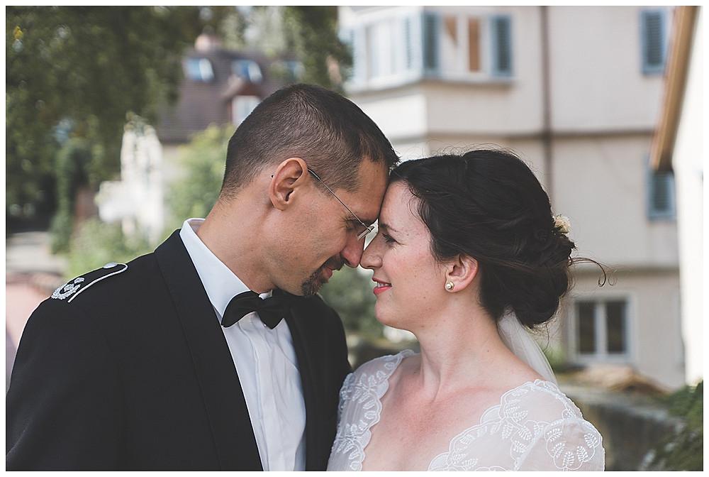 Brautpaar Stirn an Stirn