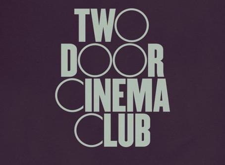 """Un tuffo nel passato dei Two Door Cinema Club: """"Lost Songs (Found)"""" - Recensione"""