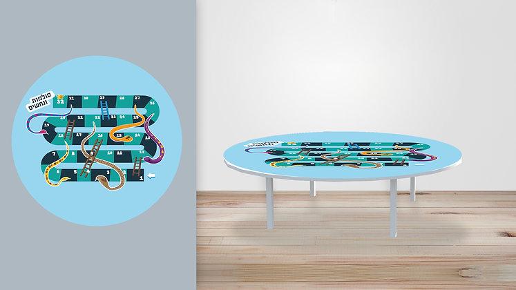 שולחן משחק סולמות ונחשים