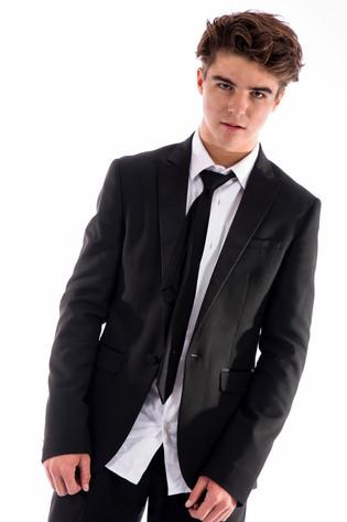 Male model headshot in Noosa