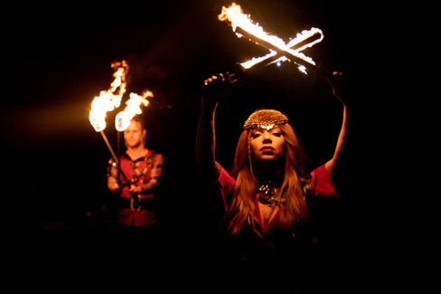 Game-of-thrones-marquee-fire-dancer