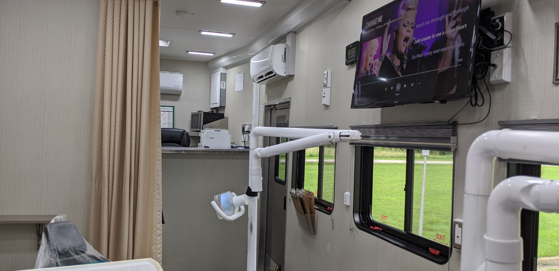 The Mobile Dentistry's Interior