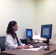 Dr. Karina Krajden Haratz 3
