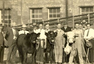 Winners-at-the-Livestock-Show-ca.-1926.-