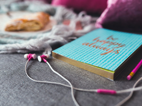 How to Create a Reading Playlist Perfect for Reading