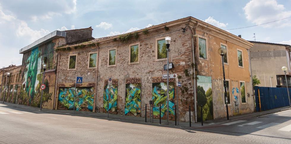 la-cremerie-biennale-street-art-1.jpg